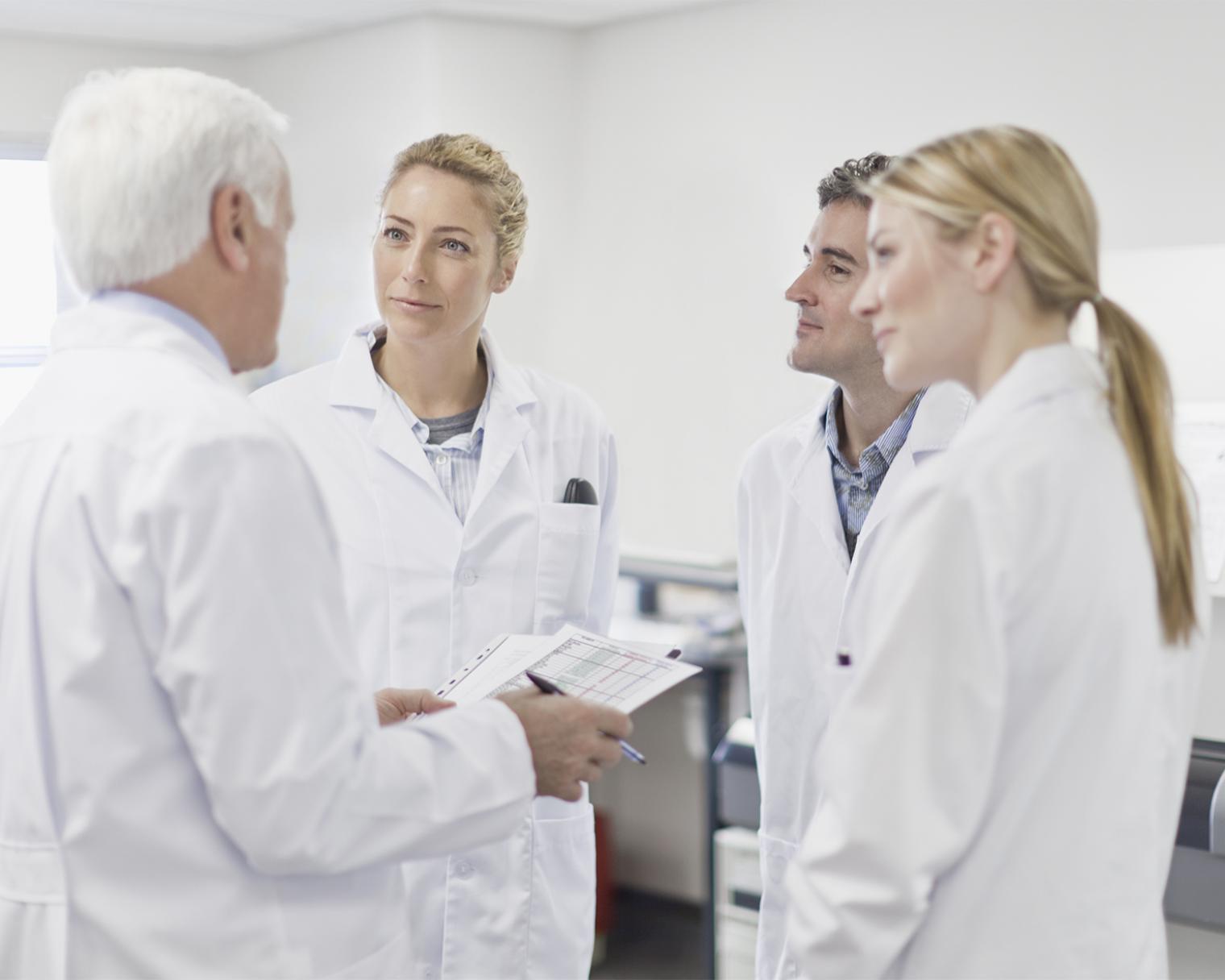 Ärzteteam im Gespräch